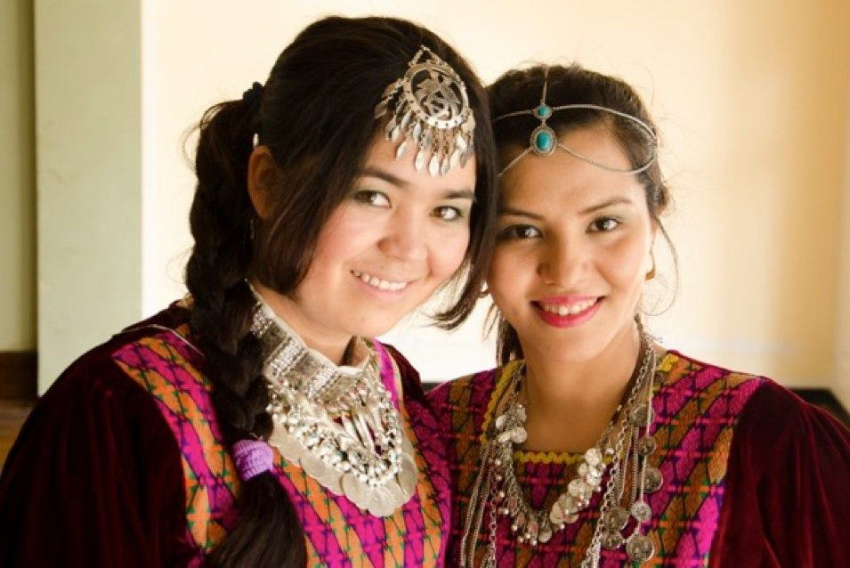 Saleha Talash (right) and her friend Saira performed a cultural dance at the Spectrum MRC event in celebration of Refugee Week.